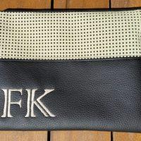 CARIS-Taschen - Tablet-Tasche mit Initialen