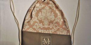 CARIS-Taschen - personalisierter Turnbeutel mit Monogramm