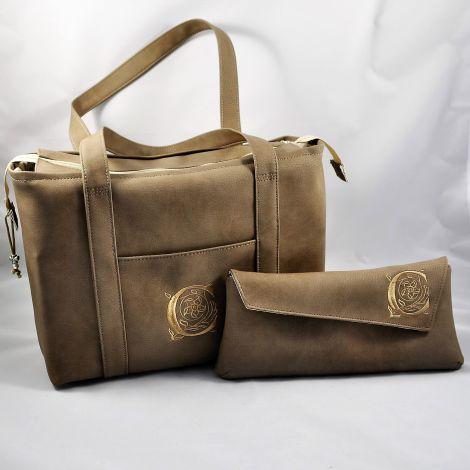 CARIS Nähwerkstatt - personalisierte Handtasche und passende Clutch mit Monogramm-Stickerei