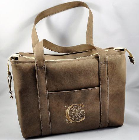 CARIS Nähwerkstatt - personalisierte Handtasche mit Monogramm-Stickerei