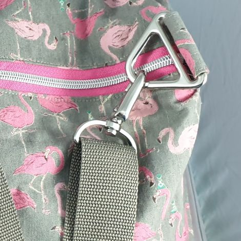 CARIS Nähwerkstatt - personalisierte Sporttasche oder Reisetasche Flamingo