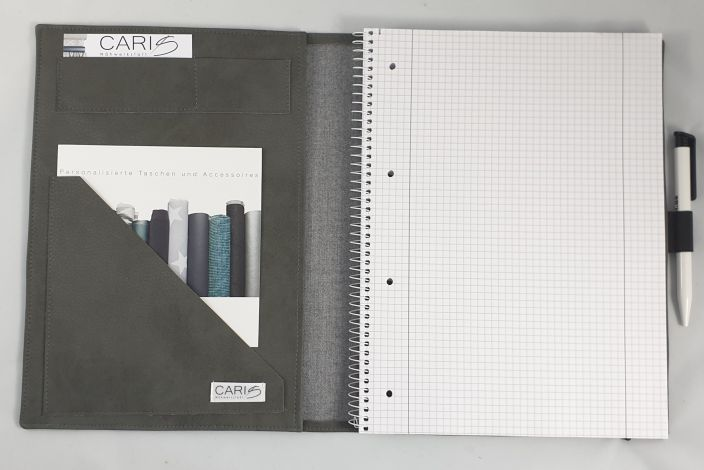 CARIS Nähwerkstatt - personalisierte Blockhülle mit Monogramm A4